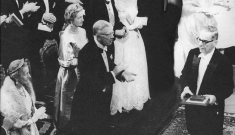 Dodjela nobelove nagrade Ivi Andriću
